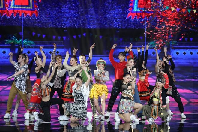 Hoàng Thùy Linh: 10 năm ngóng chờ khoảnh khắc lên sân khấu nhận giải thưởng, đến khi sẵn sàng thì kiệt sức - ảnh 5