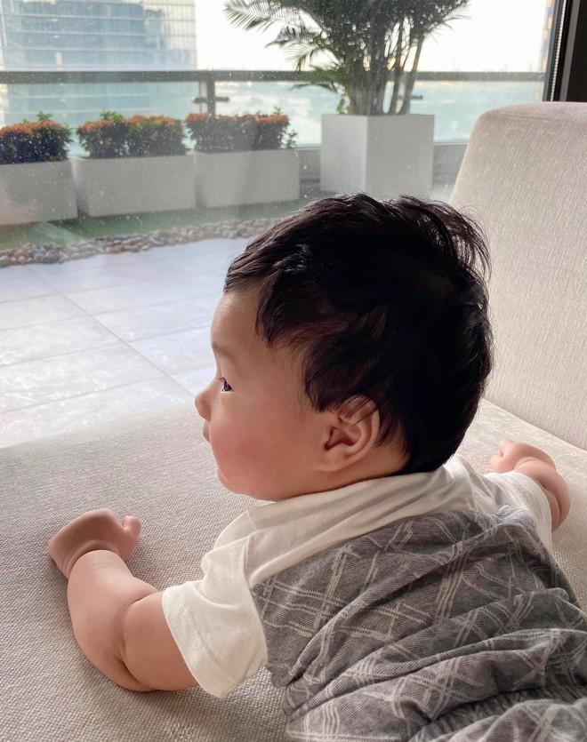 Khoe ảnh cưng xỉu của Đặng Thu Thảo và con trai, doanh nhân Trung Tín ghen tị ra mặt vì bị tụt hạng trong gia đình? - ảnh 2