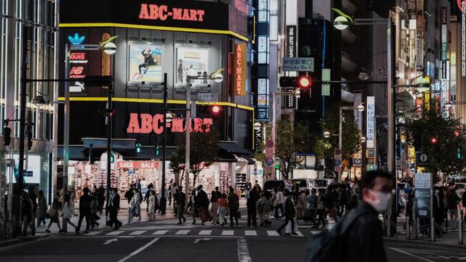 Hiện thực kinh hoàng ở Nhật Bản: Số người tự tử suốt 1 tháng qua còn nhiều hơn lượng người chết vì Covid-19 kể từ đầu đại dịch - ảnh 6