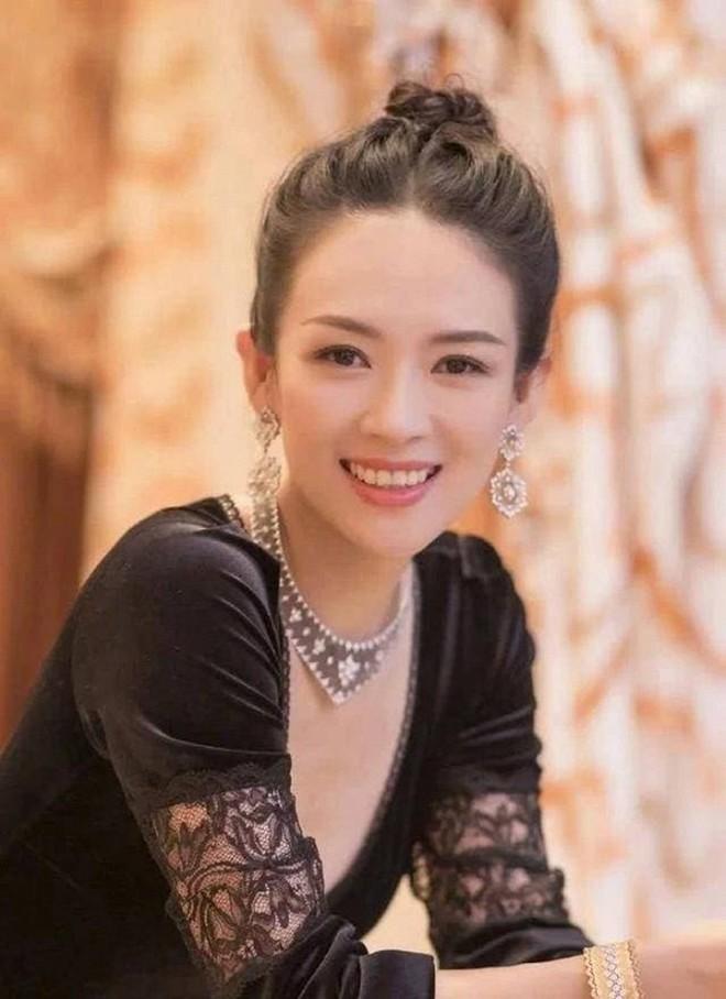 Châu Đông Vũ: Tam Kim Ảnh hậu gây sốc với đời tư vướng quy tắc ngầm, phốt EQ thấp, khiến Dương Mịch tỏ thái độ ra mặt - ảnh 4