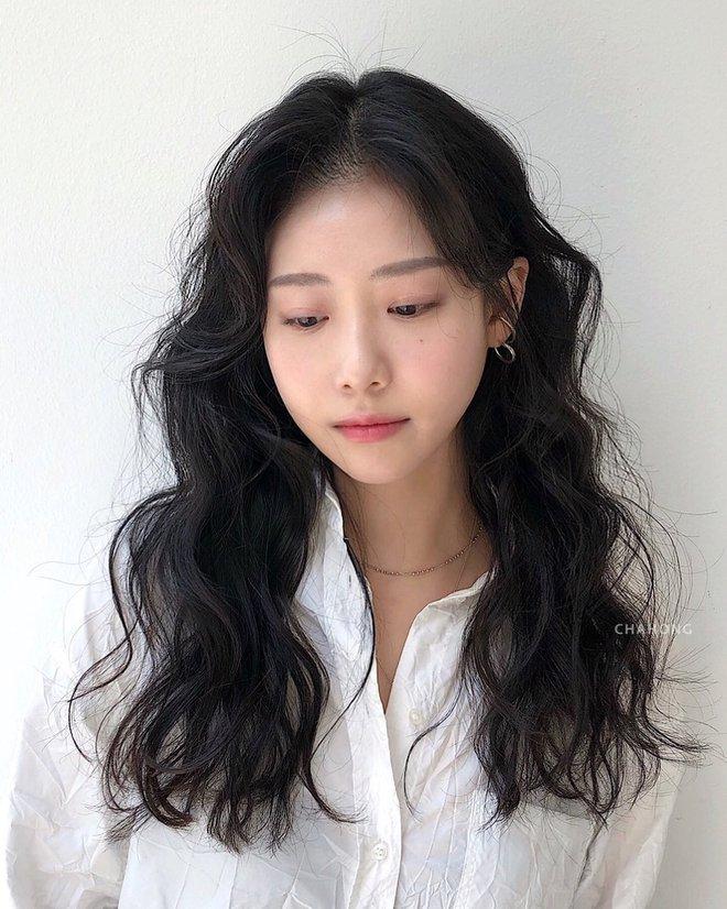 Thử nghiệm kiểu tóc xoăn hot năm nay, 3 cô nàng đơ người vì thà để lại tóc cũ còn đẹp hơn! - ảnh 2