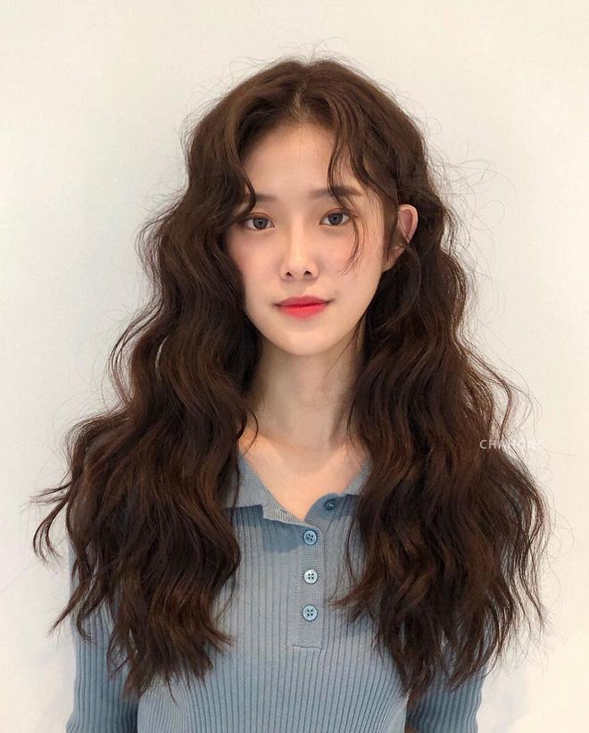 Thử nghiệm kiểu tóc xoăn hot năm nay, 3 cô nàng đơ người vì thà để lại tóc cũ còn đẹp hơn! - ảnh 7