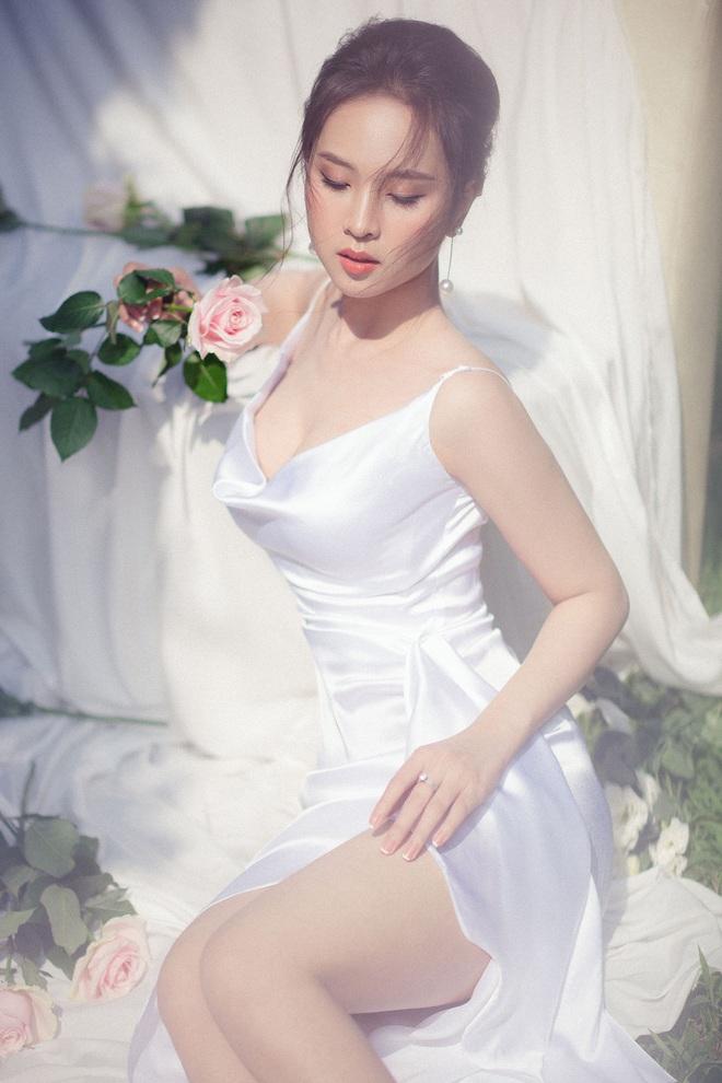 Gái đẹp xứ Nghệ từng 2 lần thi Hoa hậu khoe nhan sắc gợi cảm trong bộ ảnh mới - ảnh 5