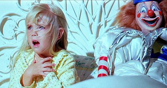 5 bộ phim Hollywood tiên đoán đời thật: Chi tiết nhỏ báo trước cái chết của diễn viên nhí, nhân viên ekip tử nạn y sì nhân vật - Ảnh 10.