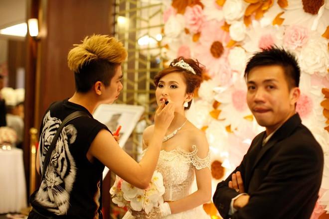 Vợ Minh Nhựa đăng ảnh mình đẹp, chồng giàu out nét cũng mặc kệ - ảnh 1