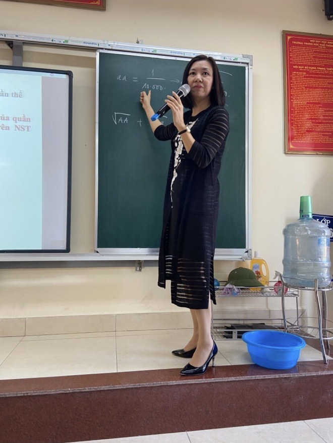Cô giáo 3 năm đi dạy chưa mặc lại bộ quần áo nào, style xanh - đỏ - tím - vàng có đủ! - Ảnh 3.