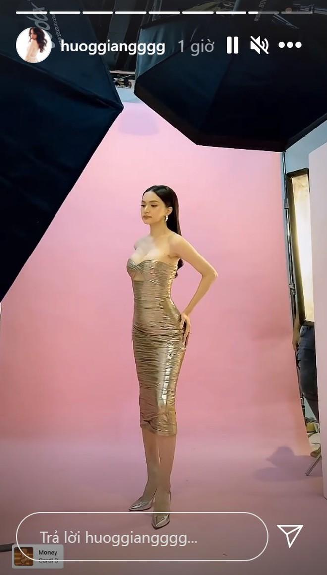 Liên tục gây lo lắng vì quá gầy hậu drama antifan, Hương Giang khoe hình ảnh body trở lại ngoạn mục - Ảnh 2.