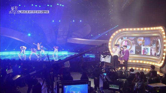Vnet bàng hoàng trước hậu trường siêu giả trân của Inkigayo, tranh thủ cà khịa: Mấy nhóm đông dân chắc ngồi lên đầu nhau quá! - ảnh 9