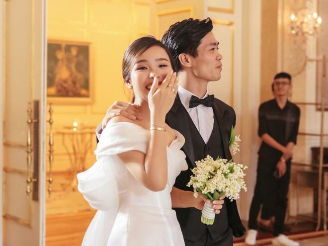 Soi 2 đám cưới Công Phượng và Bùi Tiến Dũng: Tổ chức tận 3 nơi, dàn khách mời khủng và những chi tiết đặc biệt - ảnh 20