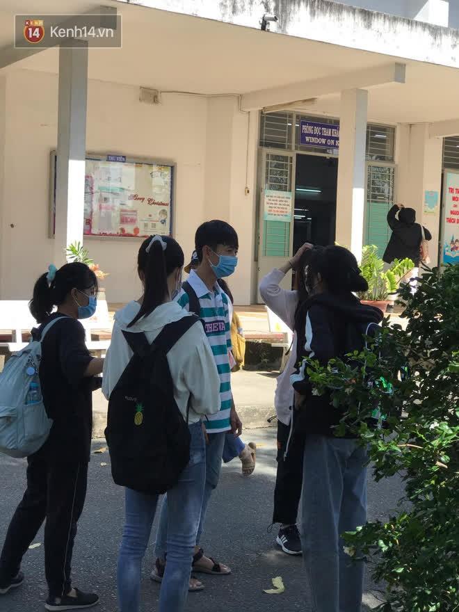 Sinh viên HUTECH và các trường ĐH tại TP.HCM: May mắn vì được nghỉ học kịp thời, sẽ chủ động bảo vệ bản thân - ảnh 4