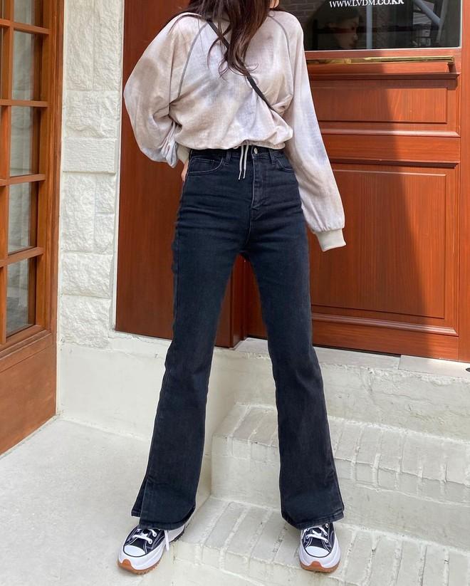 Chân mắc 1 trong các khuyết điểm sau thì bạn hãy ghim ngay 4 chiêu để chọn quần jeans cho chuẩn - ảnh 2