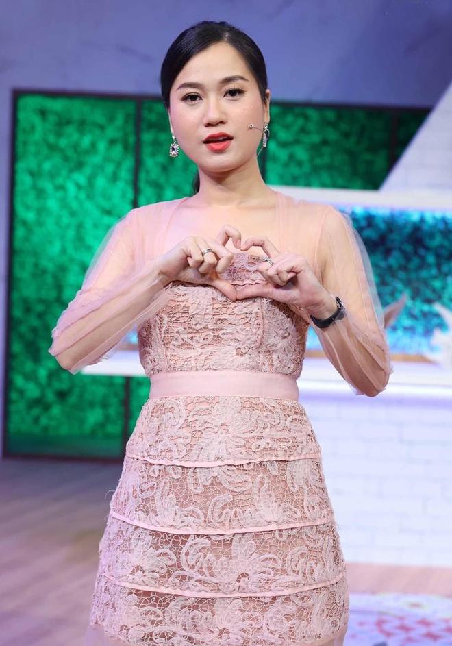 """Bị netizen thắc mắc vì gương mặt """"khó ở"""", Lâm Vỹ Dạ có ngay phản ứng khiến dân tình """"ngã ngửa"""" - Ảnh 4."""