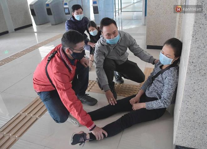 Ảnh: Diễn tập giả định cháy trên tàu và nhà ga tại dự án Cát Linh - Hà Đông - ảnh 12