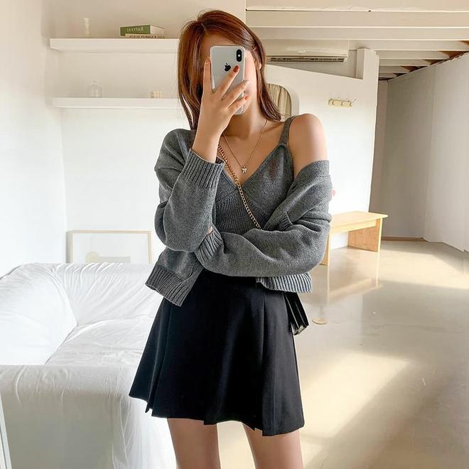 """4 chiêu mix đồ với áo len crop top mà gái Hàn """"quẩy"""" thường xuyên, bạn nên ghim để lên đồ cho xịn - ảnh 14"""