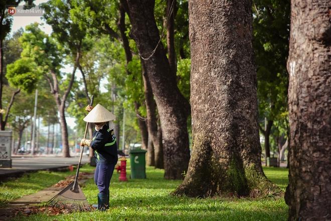 Ngắm nhìn một Sài Gòn bình yên trong ngày cuối năm 2020 - Ảnh 9.