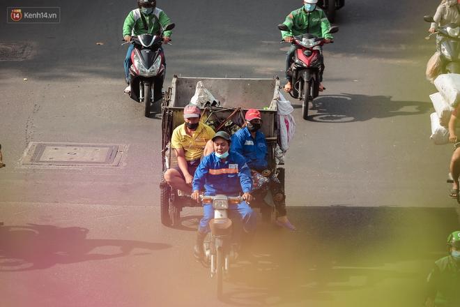 Ngắm nhìn một Sài Gòn bình yên trong ngày cuối năm 2020 - Ảnh 10.