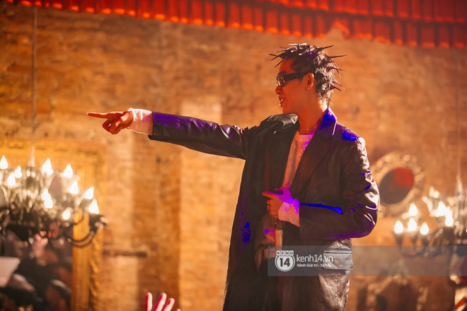 MCK - Tlinh rủ rê chiến hữu trong gang quẩy banh đêm nhạc, Obito và WEAN lần đầu khoe track mới với khán giả Hà Thành - ảnh 3