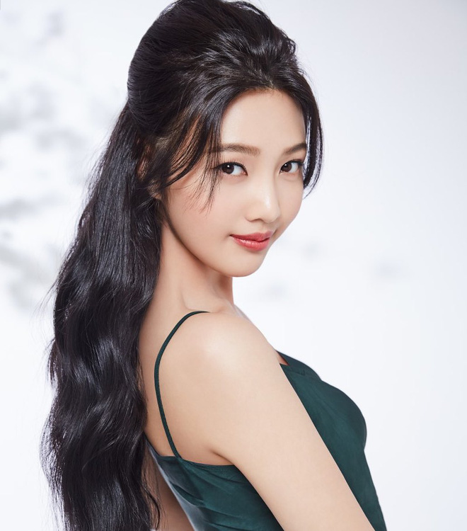 Bức ảnh gây lú nhất ngày: Netizen tranh cãi kịch liệt xem đây là Lee Hyori hay Song Hye Kyo, kết quả cuối cùng khiến tất cả bất ngờ - ảnh 5