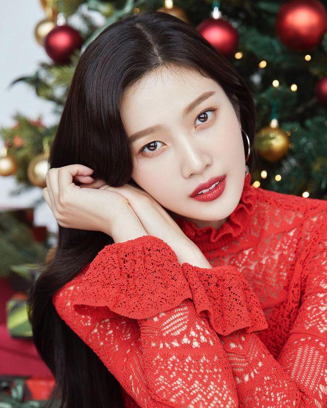 Bức ảnh gây lú nhất ngày: Netizen tranh cãi kịch liệt xem đây là Lee Hyori hay Song Hye Kyo, kết quả cuối cùng khiến tất cả bất ngờ - ảnh 4