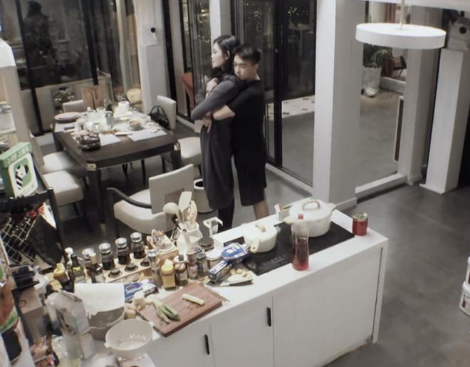 Loạt thị phi của hai vợ chồng Ming Xi khi đi show: Khoe tình cảm giả trân, kìm kẹp thái quá, giờ tiết lộ cả bí mật gia đình - ảnh 3
