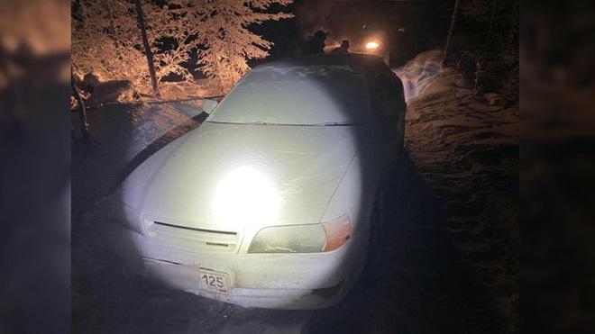 Lạc đường giữa thời tiết -50 độ C, thanh niên chết cóng trong xe hơi - ảnh 1
