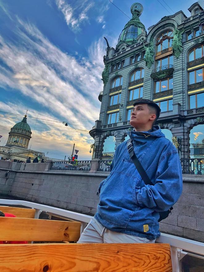 Chàng cựu du học sinh Nga lọt vào tầm ngắm hội mê trai đẹp vì vẻ ngoài giống Huỳnh Anh - Ảnh 6.