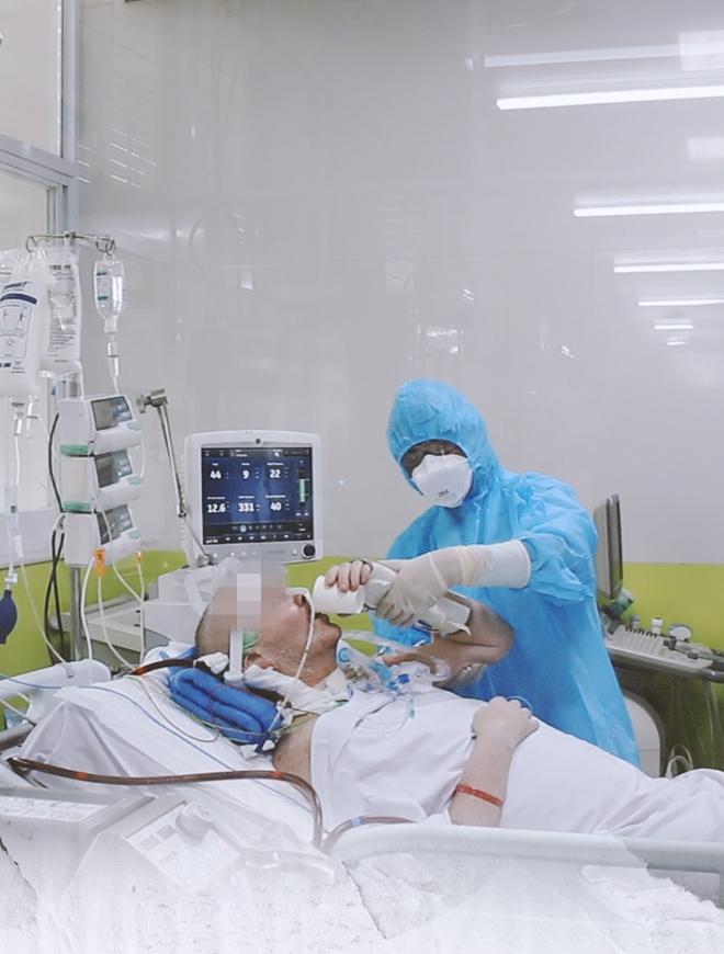 """Ký ức 116 ngày làm nên kỳ tích của nền y học Việt Nam, đưa bệnh nhân 91 nhiễm Covid-19 từ cõi chết trở về: """"Đó là điều đặc biệt nhất trong cuộc đời bác sĩ của chúng tôi"""" - Ảnh 11."""