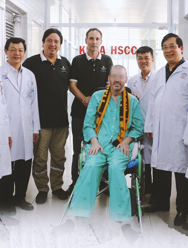 """Ký ức 116 ngày làm nên kỳ tích của nền y học Việt Nam, đưa bệnh nhân 91 nhiễm Covid-19 từ cõi chết trở về: """"Đó là điều đặc biệt nhất trong cuộc đời bác sĩ của chúng tôi"""" - Ảnh 16."""