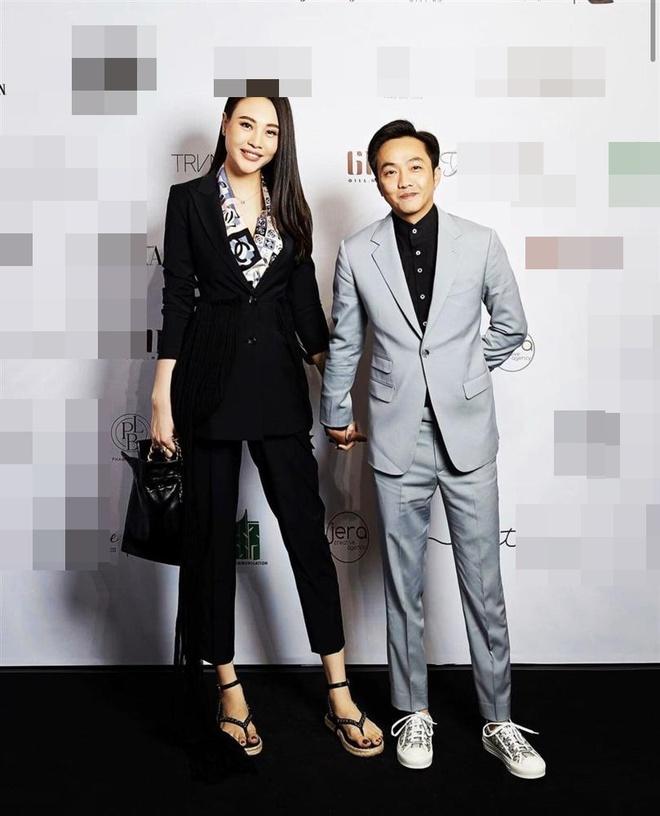 2 cặp đôi siêu hot của Vbiz: Cường Đô La - Thu Trang đơn giản nhưng vẫn xịn xò , Hà Hồ - Kim Lý lên đồ thế nào mà hút fan vậy? - ảnh 3
