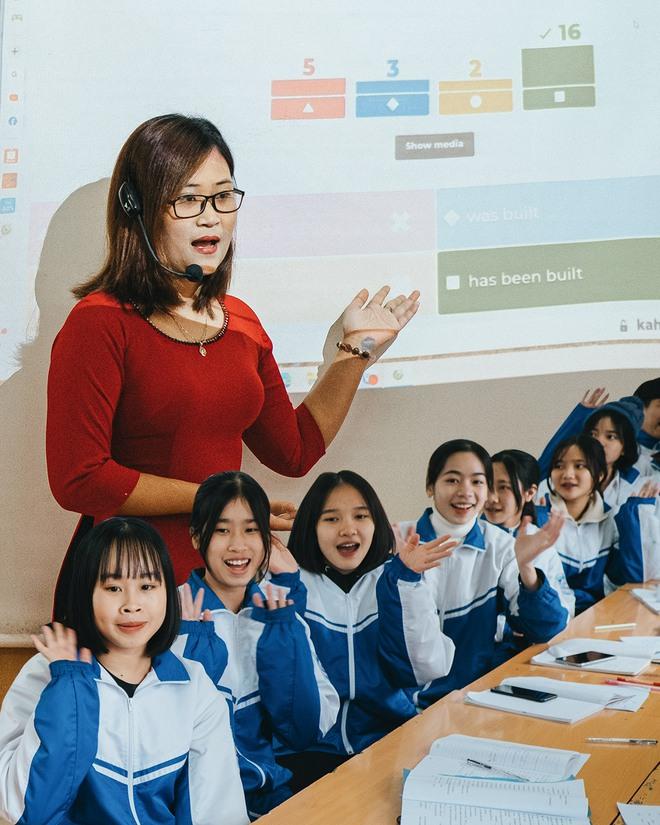 """Cô giáo Việt Nam đầu tiên vào Top 10 giáo viên toàn cầu: """"Thành phố hay nông thôn không phải rào cản, sự ngừng học của giáo viên mới chính là tụt hậu"""" - Ảnh 1."""