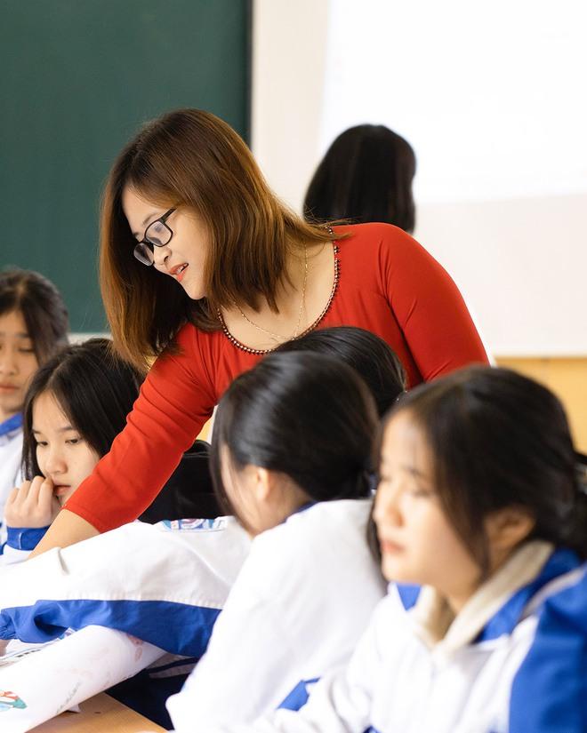 """Cô giáo Việt Nam đầu tiên vào Top 10 giáo viên toàn cầu: """"Thành phố hay nông thôn không phải rào cản, sự ngừng học của giáo viên mới chính là tụt hậu"""" - Ảnh 4."""