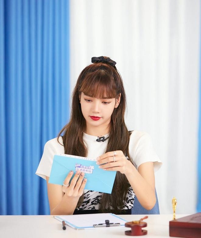 Khi sao nữ Hàn buộc tóc nửa đầu: Irene xinh như tiên tử, Taeyeon được khen giống hệt công chúa Elsa - ảnh 15