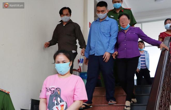 Nữ bị cáo lạnh lùng khai đốt nhựa nhỏ vào người, lấy dây xích sắt tra tấn thai phụ 18 tuổi đến sảy thai - ảnh 15