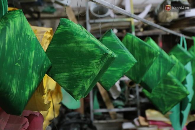 Ảnh: Cận cảnh đàn trâu đồng quê Việt Nam chuẩn bị ra đường hoa Nguyễn Huệ đón Tết Tân Sửu 2021 - ảnh 17