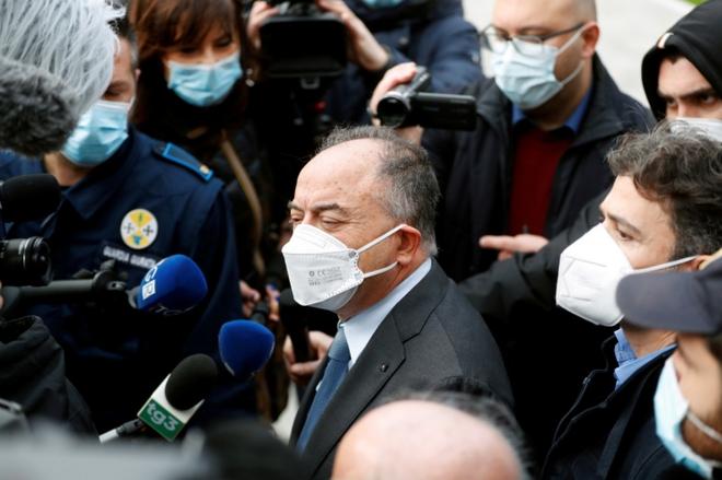 Italy mở phiên tòa khủng xét xử nhóm mafia mạnh nhất và giàu nhất thế giới - ảnh 1