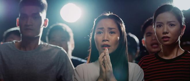 Ốc Thanh Vân hóa siêu mẹ bỉm ôm con đu lầu chạy trốn, 500 anh em yang hồ cũng làm không lại ở trailer Lật Mặt: 48H - ảnh 2