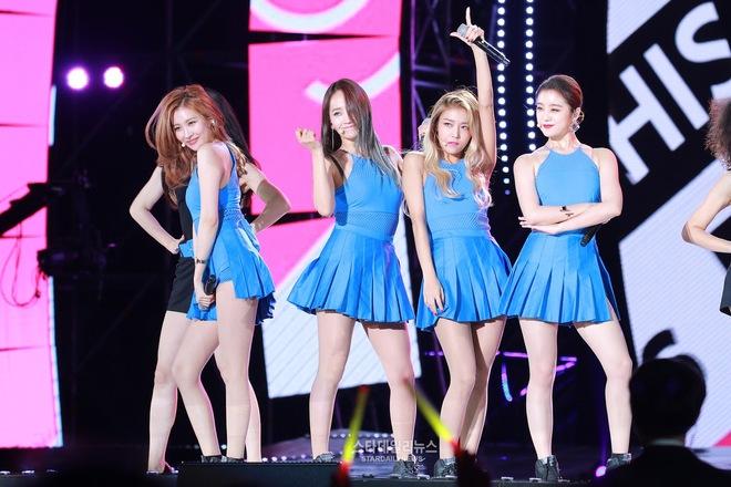 4 nhóm nữ nhà JYP đều mê diện váy ngắn nhưng style khác biệt hoàn toàn: Twice mê thanh lịch, đến ITZY lại chuộng cá tính - ảnh 2