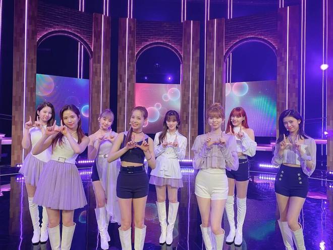 4 nhóm nữ nhà JYP đều mê diện váy ngắn nhưng style khác biệt hoàn toàn: Twice mê thanh lịch, đến ITZY lại chuộng cá tính - ảnh 12
