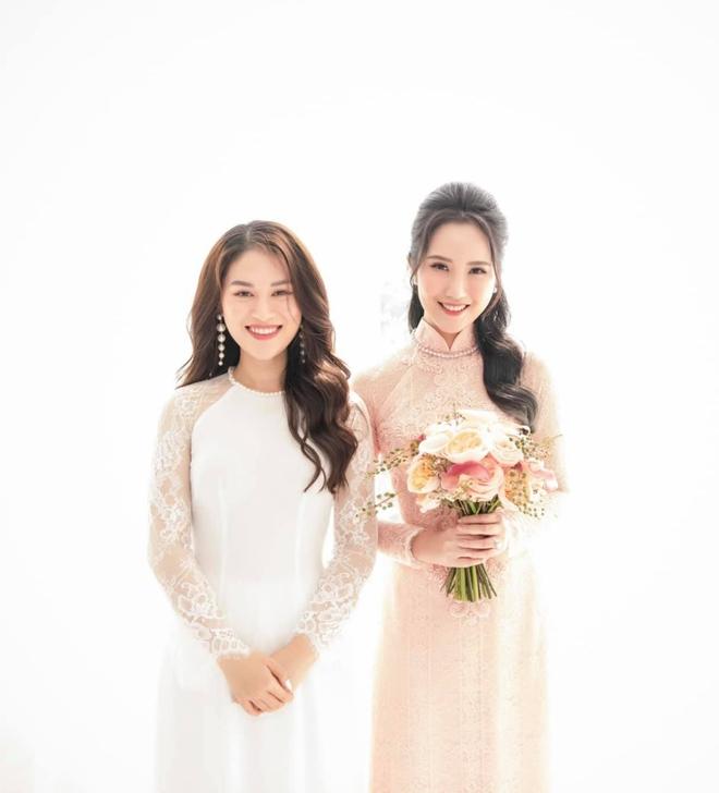 """Dàn khách khủng của đám cưới Phan Thành: Minh Nhựa và Cường Đô La """"chắc suất"""", không thể thiếu con gái đại gia thuỷ sản kiêm bạn thân cô dâu - ảnh 9"""