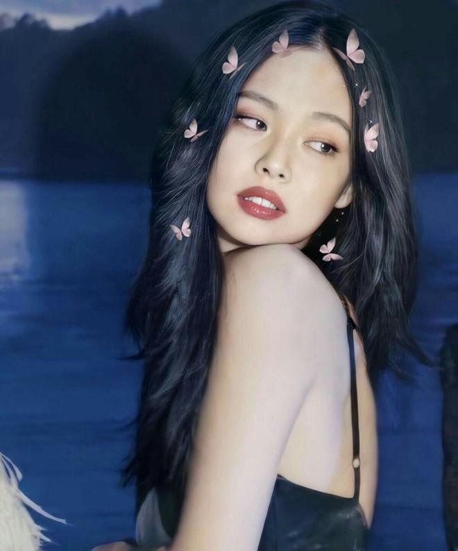 Jennie - báu vật vô giá của YG: Trong BLACKPINK là thành viên đại diện của nhóm, ra solo lại lập kỷ lục lịch sử - ảnh 2