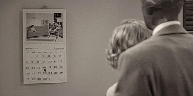 Bóc tất tật các chi tiết chấn động ở WandaVision: Hình ảnh nhỏ réo tên Iron Man đầy đau thương, bóng hình kinh dị ở cuối phim là ai? - Ảnh 2.