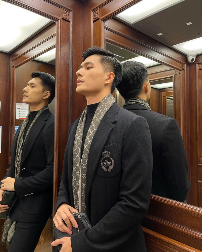 """Lâm Bảo Châu đăng ảnh nắm tay và tựa đầu vào """"ai kia"""", netizen soi ngay ra chi tiết chứng minh đó là Lệ Quyên - ảnh 7"""