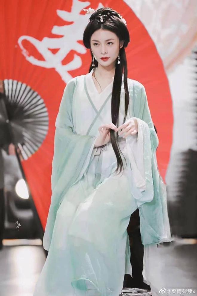 Hội bạn gái Thành Nghị đua nhau hóa Tứ đại mỹ nhân xứ Trung ai cũng xinh nức nở - ảnh 8