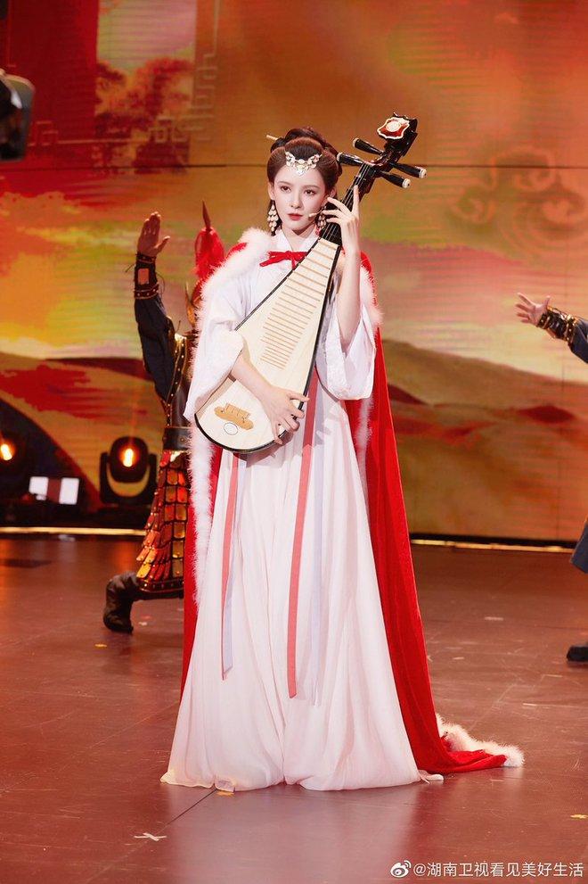 Hội bạn gái Thành Nghị đua nhau hóa Tứ đại mỹ nhân xứ Trung ai cũng xinh nức nở - ảnh 4