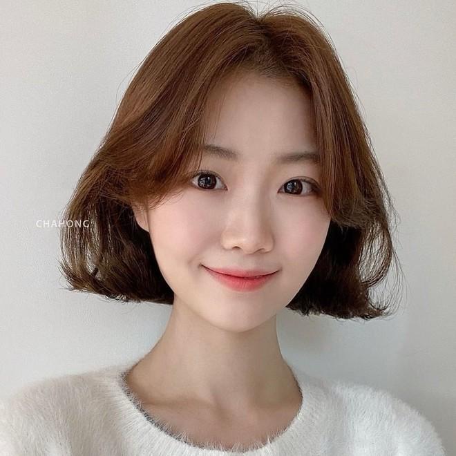 4 kiểu tóc ngắn đang làm mưa làm gió tại các salon Hàn Quốc, diện lên là trẻ xinh hơn hẳn - ảnh 1