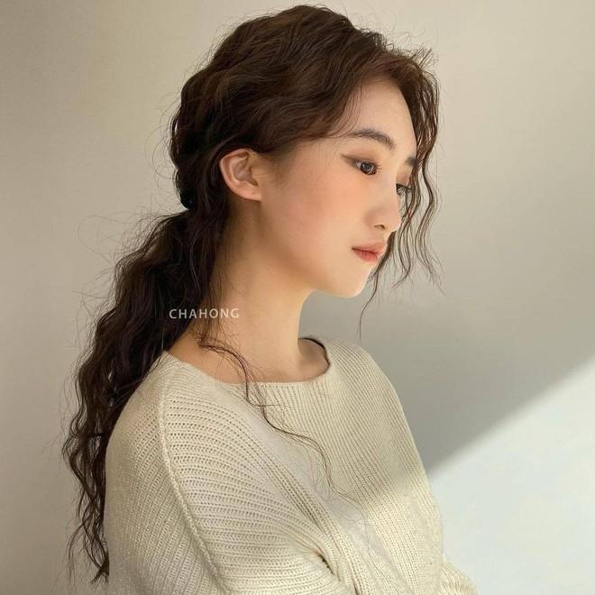 """Lần đầu uốn tóc xoăn tít khó nhằn đã """"gây sốt"""", Jisoo còn tạo trend tóc """"hot hit"""" cho 2021 luôn - ảnh 5"""