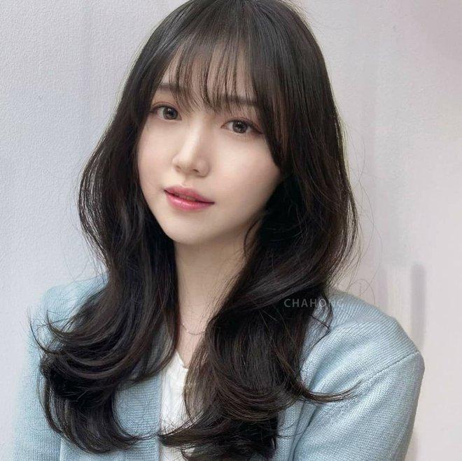 5 trend tóc dài đang hot nhất ở các tiệm Hàn Quốc lúc này, đặt ngay lịch cắt để trẻ ra 5 tuổi là ít - ảnh 2