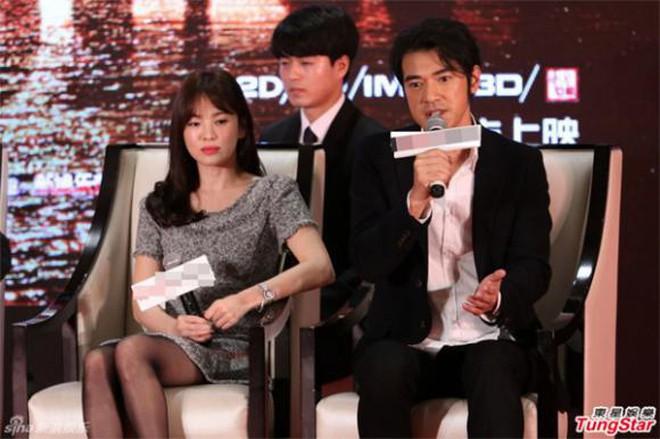 Không phải Song Joong Ki hay Hyun Bin, mỹ nam lai hai dòng máu này mới là người từng khiến Song Hye Kyo phải thốt lên 4 từ: Hình mẫu lý tưởng - ảnh 3