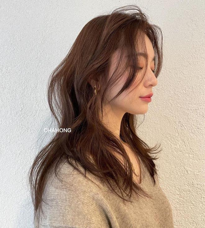 5 trend tóc dài đang hot nhất ở các tiệm Hàn Quốc lúc này, đặt ngay lịch cắt để trẻ ra 5 tuổi là ít - ảnh 6