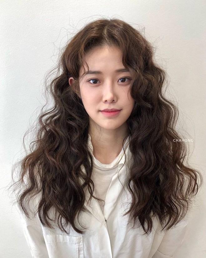 5 trend tóc dài đang hot nhất ở các tiệm Hàn Quốc lúc này, đặt ngay lịch cắt để trẻ ra 5 tuổi là ít - ảnh 8